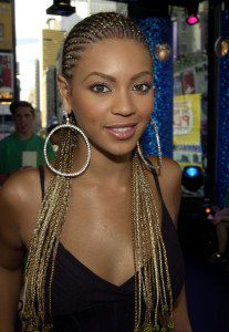 "(NO TABLOIDS) Beyonce Knowles during MTV's ""TRL"" Tour - July 12, 2001 at the MTV Studios in New York, New York. (Photo by Kevin Mazur/WireImage)"
